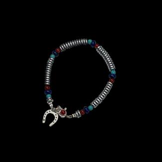 انسيال مصنوع من هيماتايت, فيروز, عقيق بنى وفضة- 3236